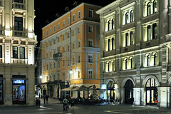 Trieste Piazza Unit d'Italia (Massimo Carradori) Tags: street city travel light night town italia luci viaggi strade notte trieste citt friuliveneziagiulia massimocarradori carradorimassimo piazzadellunitditalia