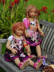 Sanrike und Tivi ... (Kindergartenkinder) Tags: dolls annette wasserburg burg tivi hülshoff havixbeck himstedt kindergartenkinder sanrike
