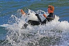 Pladask (Quo Vadis2010) Tags: sea beach sport strand se surf sweden lifestyle surfing sverige activity westcoast halmstad sandhamn hav aktivitet halland vgor brda vstkusten vg kattegatt seasport thewestcoast livsstil wavesurf wavesurfing fritidsaktivitet laholmsbukten vgsurfing vgsurf cityofsurfers surfbrda grvik municipalityofhalmstad halmstadkommun havssport