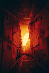 topsy-turvy (romain@pola620) Tags: street red orange paris film geometric analog fun vanishingpoint lomo lca lomography upsidedown perspective experiment 100 analogue vanishing argentique 100iso pellicule centralperspective redscale analogique splitzer