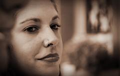 La mirada tranquila (jcmejia_acera) Tags: face mujer eyes chica cara calm piercing ojos thinking labios mirada rostro joven pensativa