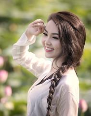 Thuỵ Vân (duyblog.com • nguyenanhduy.com) Tags: lotus sen yếm đầmsen áoyếm thuỵvân trongdamgidepbangsen