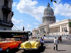 Capitol and classic cars (mujepa) Tags: building car vintage classiccar taxi havana cuba capitol capitole dcapotable lahavane