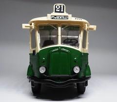 1949 Renault TN4H (dougie.d) Tags: autobus autocar paris bus ratp publictransport ixo hachette 143 scale model modelauto automodel modelbus busmodel diecast plastic 1949 1930s 1940s