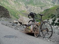 Tadjikistan (escapa) Tags: world bike tour bicicleta manta volta pamir mn tadjikistan biciclet
