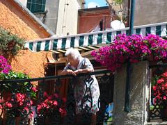 Old lady at Portofino (carlossg) Tags: old italy lady italian bright balcony liguria portofino