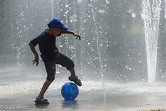Le Mundial (guysamsonphoto) Tags: blue ball football soccer ballon bleu victoriaville victo nikond600 fabuleuse guysamson nikkor70200f4