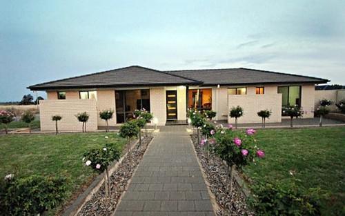 16 Manera St, Griffith NSW 2680