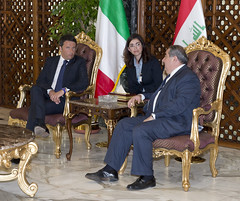 Visita di Renzi in Iraq (Palazzochigi) Tags: iraq presidentedelconsiglio matteorenzi
