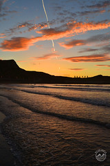 Salinas atardeciendo (Melany Martin) Tags: beach atardecer place asturias playa paisaje salinas gaviotas nikon3100