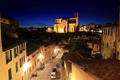 """坐看,一首詩  ~Dusk twilight of """"Basilica of San Domenico"""" @ Siena ~"""