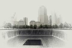 Ground Zero 2014 (Badger 23 / jezevec) Tags: new york newyorkcity newyork worldtradecenter 911 groundzero nuevayork     nowyjork  niujorkas      thnhphnewyork         ujorka          dinasefrognewydd neiyarrickschtadt  tchiaqyorkiniqpak  evreknowydh   lteptlyancucyork  nuorkheri    niuyoksiti