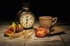 La colazione della Nonna / The Grandmother's Breakfast (Ag-NO3 Angelo Sampino) Tags: life clock cup composition table still peace © spoon ring angelo stillife orologio tavolo pesca luce figs grano tazza sveglia composizione cucchiaio fichi agno3 sampino sampinoangelo