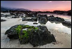 Playa de Borizu (Celorio) Asturias (atdesantos) Tags: sunset seascape musgo verde beach water canon eos asturias playa lee nd hightech llanes 6d ladscape fliter principadodeasturias atdesantos