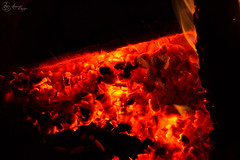 Coals (SerpaDesign) Tags: hot fire warm flames burning heat tanner coals serpa serpadesign