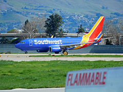 SWA 737-7H4 N736SA (kenjet) Tags: sw swa wn southwest southwestairlines sj sjc ksjc airport departing departure flugzeug airline airliner jet plane aviation aircraft transportation blue boeing 737 73g 737700 7377h4 twinjet fuselage mountains landscape flammable n736sa normanyminetasanjoseinternationalairport sanjoseinternationalairport sanjose california