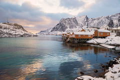 Life in Technicolor (OR_U) Tags: 2017 oru norway lofoten sakrisøya sakrisøy rorbuer reinefjorden fjord sea water reflection clouds sunset colours houses pastelcolours landscape winter snow ice coldplay