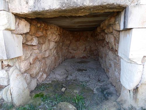 Royal Tombs , Tuzla, tomb III chamber