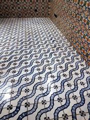 Floor and wall (magellano) Tags: algiers algeri algeria palaisdurais bastion bastione 23 pavimento floor muro wall ceramica tile قصر الرياس