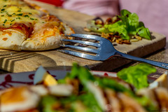 Un bon coup de fourchette (Alex Tardy) Tags: france bearn pyrenees aquitaine gourette vacances holidays food nourriture fourchette fork