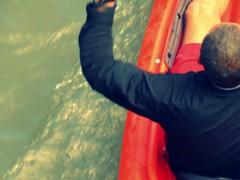 The Kayak (Renee Rendler-Kaplan) Tags: above bridge people orange man black wet water june canon river him kayak sitting gbrearview dude jacket kayaking sit series below shorts he paddling seated gapersblock wbez whoosh 2014 chicagoist caughtmyeye peoplesitting northbranchofthechicagoriver reneerendlerkaplan canonpowershotsx40hs thekayak andthekayaker