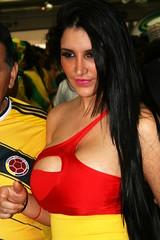 11 (Alexandre R. G.) Tags: world brazil cup girl brasil fan football metro sãopaulo fifa soccer croatia garota fans mundo copa futebol metrô 2014 itaquera croácia