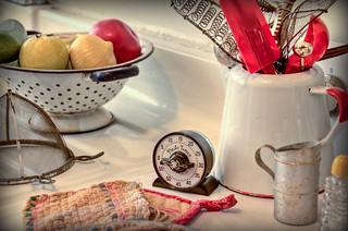 Vintage kitchen (EXPLORED)
