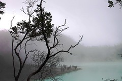 Silhouette (theotrieste) Tags: mist nature silhouette cyan crater sulfur sunda kabut belerang