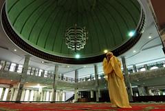 DSC_9489 (f44t) Tags: muslim masjid allah ibadah sholat sujud moeslem