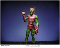 Green Goblin - Marvel Villains (Gui Lopes BH) Tags: man verde green classic comics miniatures spider collection goblin figurine marvel universe villains duende miniaturas coleo eaglemoss guilopesbh