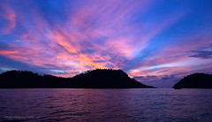 Sunset at andaman sea island     AD4A6118bs (Phuketian.S) Tags: sunset andaman sea island indian ocean bright koh lipe tarutao phuket thailand wave outdoor cloud sky mountain landscape serene dusk phuketian samui krabi pattaya таиланд пхукет самуи тайланд краби паттая море океан лето тропик тропики yacht catamaran sail boat ship