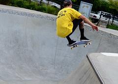 Boards (moke076) Tags: park old atlanta man guy pool yellow shirt georgia random board air bowl skate skateboard trick ward fourth skateboarder o4w