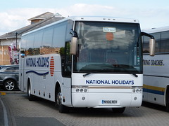 NATIONAL HOLIDAYS - Volvo B12M / Van Hool Alizee (C48FT) - (809) NH06 REH (Busnplanes) Tags: isleofwight ryde vanhool alizee nationalholidays volvob12m nh06reh