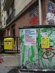 Loi Macron, travail du dimanche, crdit d'impt, pacte de responsabilit, Grce... les mots de la rue (Jeanne Menj) Tags: pont rue grce sarkozy mots medef paris11 franoishollande ruetiton lutteouvrire travaildudimanche pactederesponsabilit loimacron
