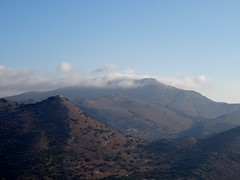 View to the north over the valley. (Ia Löfquist) Tags: sky cloud mountain berg kreta himmel crete eastern moln östra