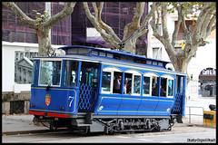 Tramvia Blau n7 (Xavier Bayod Farr) Tags: barcelona blue heritage trolley 7 tram historic xavier tramway strassenbahn tranvia tmb villamos  tramvia bayod tramviablau farr elektrika strasenbahn canoneos60d efs18135mmf3556isstm xavierbayod xavierbayodfarr