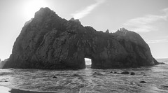 Pfeiffer Beach sun portal (idanphoto) Tags: bigsur california cali ocean rocks pfeiffer pfeifferbeach