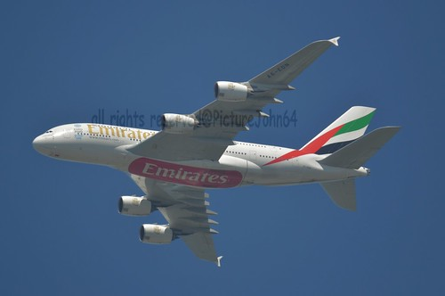 UAE147 Emirates Airbus 380 (A6-EDN) at FL11 from Dubai to Schiphol ...