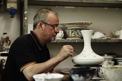 Flickr_Abruzzo_Teramo_Castelli_Artigianato_ ceramiche_ luglio_ 2014_IMG_9551 (Roberto Bombardieri) Tags: ceramica italia centro castelli abruzzo artisti italiane teramo artigianato maiolica eccellenze