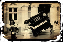 Laurel and Hardy (Legoagogo) Tags: laurelandhardy moc legoagogo