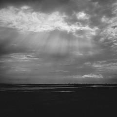 [Cox's Baazar, Bangladesh] (Piyaju) Tags: sky cloud sun film lens nikon ray simulation cox kit bangladesh baazar vsco lpsky