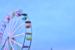 Blur (EmmaKatt) Tags: blur color wheel neon fair ferris ferriswheel fest cheryy cherryfest