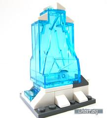 Block of deep freezing ice (WhiteFang (Eurobricks)) Tags: ski ice comics dc lego freeze batman vehicle aquaman minifigure licensed
