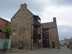 Loudon Hall (Bricheno) Tags: house scotland hall escocia ayr oldest szkocja schottland scozia cosse loudon  esccia   bricheno loudonhall scoia