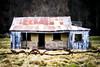 Stoneleigh Villa 4 (Erik Norder) Tags: 50mm sonyalpha550 eriknorder canterburynewzealandhouseabandonedrusticemptyderelictbarbedwire eriknorderphotography
