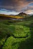 [ ... vibrant green ] (D-P Photography) Tags: sunset sun mountain green canon river landscape island iceland highlands nd ndgrad fjallabak alftavatn leefilters dpphotography landsachaft fjallabaksydri