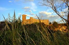 Vulci_78T (Dubliner_900) Tags: tamron1750mm28 vulci lazio cloud nuvole goldenhour castello castle castellodivulci d7000 nikon