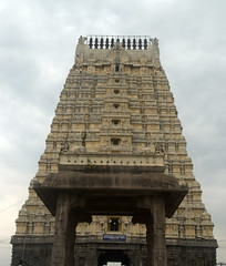 Temple Gopuram (VinayakH) Tags: ekambaranathartemple kanchipuram india tamilnadu temple sculptures historic chola vijayanagaraempire religious hindu shiva
