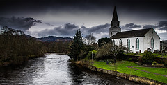 River Earn Comrie (Brian Travelling) Tags: comrie perthshire scotland riverearn whitechurch ancient christian river water green grass pentaxkr pentax pentaxdal brianmcdiarmid