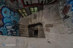 Treppenauge (Carismarkus) Tags: abandonedplace berlin decay kinderklinikweisensee lostplace treppe treppenauge urbex verfall